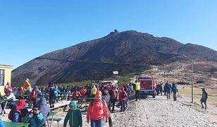Przedstawiciele Karkonoskiego Parku Narodowego zapewniają, że mimo pretensji niektórych turystów, zawsze ratowanie życia będzie najważniejsze