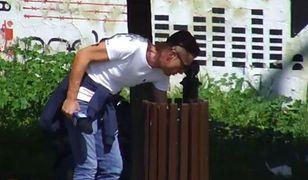 Reporter TVP 3 Lublin rozsypał śmieci na trawnik i został zwolniony. Kim jest Tomasz Zalewa?