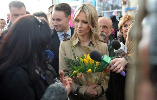 Magdalena Ogórek podczas spotkania na szczecińskim targowisku