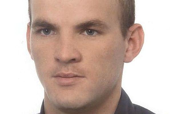 Zaginął 33-letni Tomasz Mróz. Rodzina i policja apelują o pomoc w poszukiwaniach