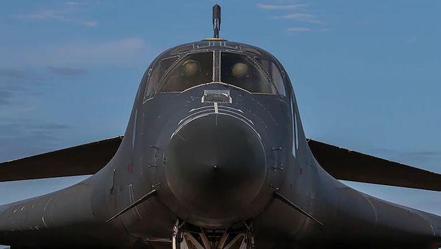 Bombowiec Rockwell B-1B Lancer.