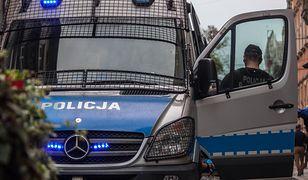 Policja bada okoliczności śmierci matki i jej syna w Kielcach