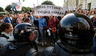"""""""Plan Putina, to ludobójstwo narodu"""" - pod takim hasłem protestowali przeciwnicy podniesienia wieku emerytalnego w Rosji"""