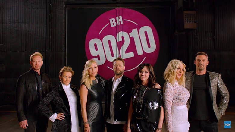 """""""BH90210"""". Zdradzono zarobki gwiazd serialu. Polscy aktorzy mogą o takich pomarzyć"""