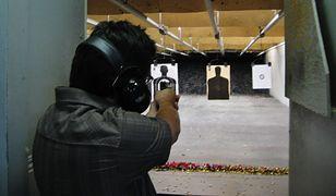 Męzczyzna zastrzelił kobietę, a potem oddał strzał w kierunku jej męża