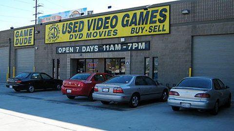Obniżki cen konsol nie zwiększają sprzedaży nowych gier