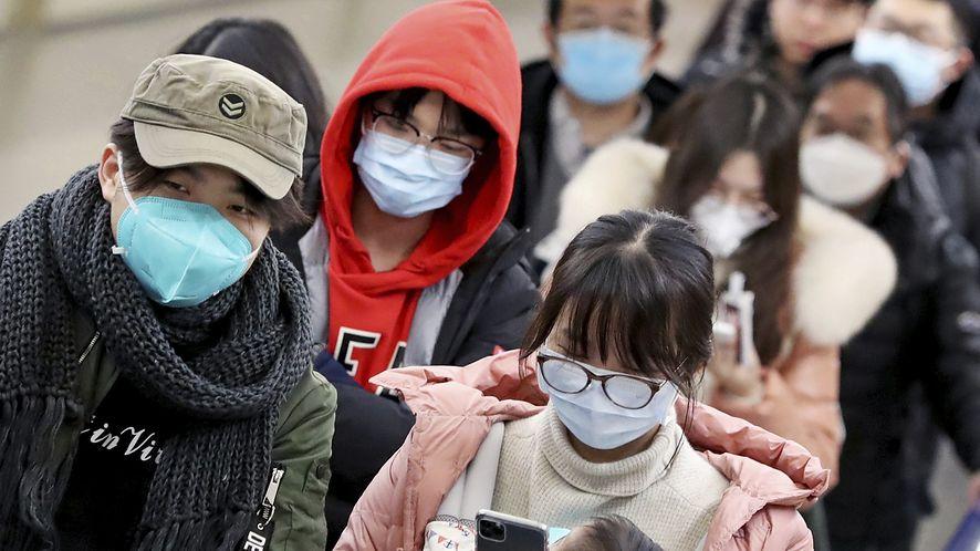 Koronawirus szaleje w Chinach, a sami Chińczycy oszaleli na punkcie gry o epidemii
