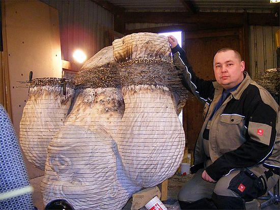 Goryl z drucianych wieszaków - zdjęcia Internauty