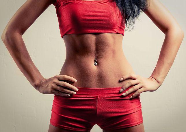 Dieta w połączeniu z ćwiczeniami na brzuch mogą przynieść świetne efekty