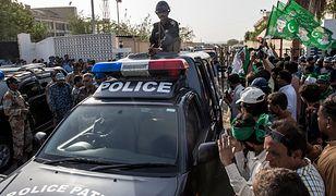 Pakistan: Atak na konsulat Chin, wybuch bomby na targu. Nie żyje kilkadziesiąt osób