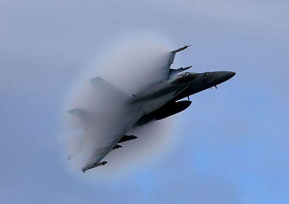 Katastrofa wojskowego myśliwca F/A-18E w Dolinie Śmierci. Co najmniej 7 osób rannych
