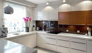 W kuchni warto zastosować kilka źródeł oświetlenia