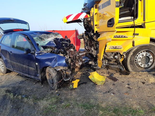 Świętokrzyskie. Tragedia na drodze koło Opatowa (KPP Opatów)