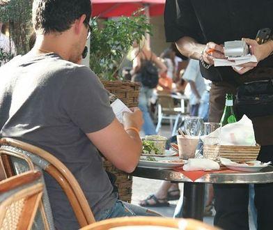 Zamów jedzenie w lokalu, pomożesz dzieciom uchodźców. Akcję wspiera miasto