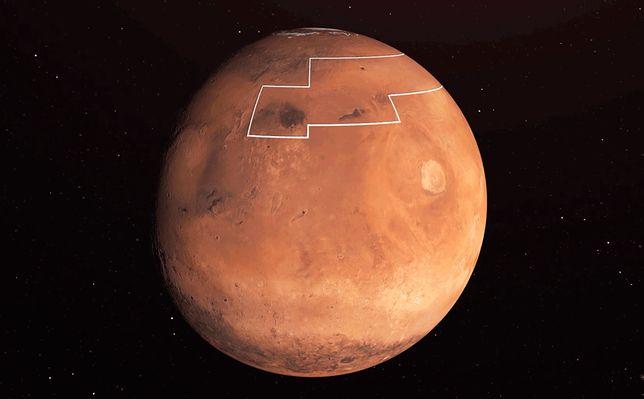 """NASA znalazła ogromne pokłady wody na Marsie i stworzyła """"mapę skarbów"""""""