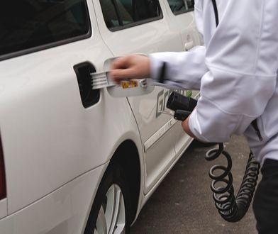 Samochody elektryczne to jedna z dróg rozwoju motoryzacji bardziej przyjaznej środowisku