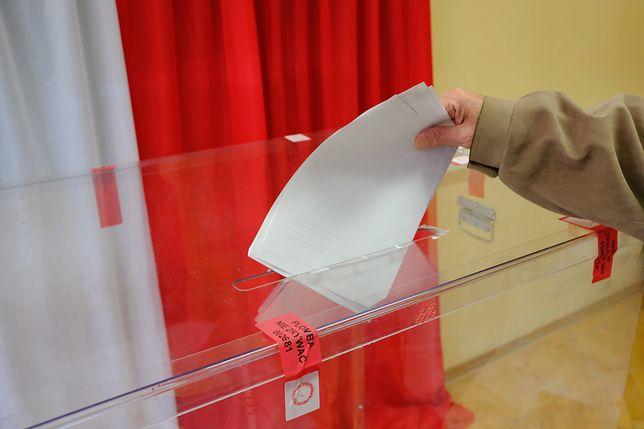 Bałtów. Mieszkańcy głosowali w referendum dotyczącym odwołania Rady Gminy