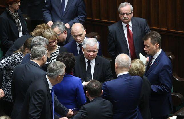 Sejm wraca we wtorek po 1,5-miesięcznej przerwie. To będzie początek gorącej politycznej jesieni.