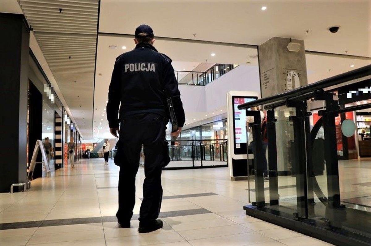 Policja zatrzymała kobietę okradającą drogerie