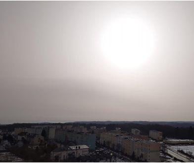 Pył znad Sahary dotarł do Polski. Niecodzienny widok w Trójmieście