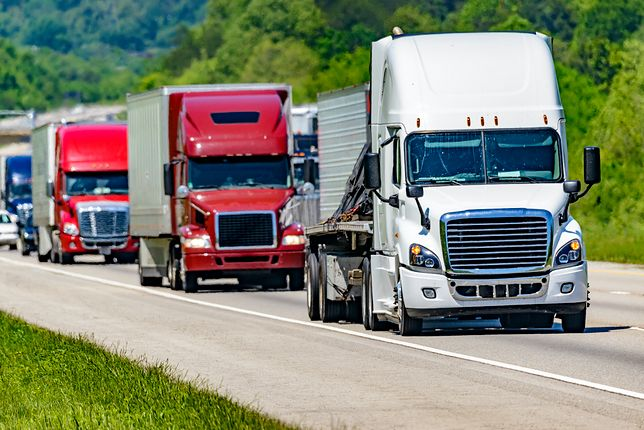 Akcja TIR – policja prowadzi kontrole na autostradach