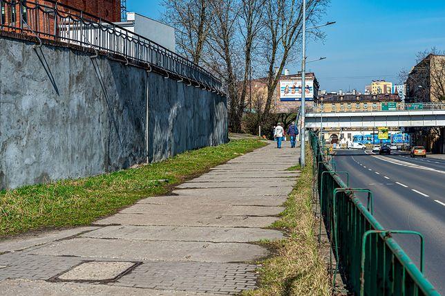 Bytom. Miasto przebuduje m.in. chodnik w dzielnicy Rozbark.