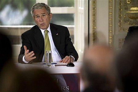 Bush apeluje o pomoc dla przemysłu samochodowego