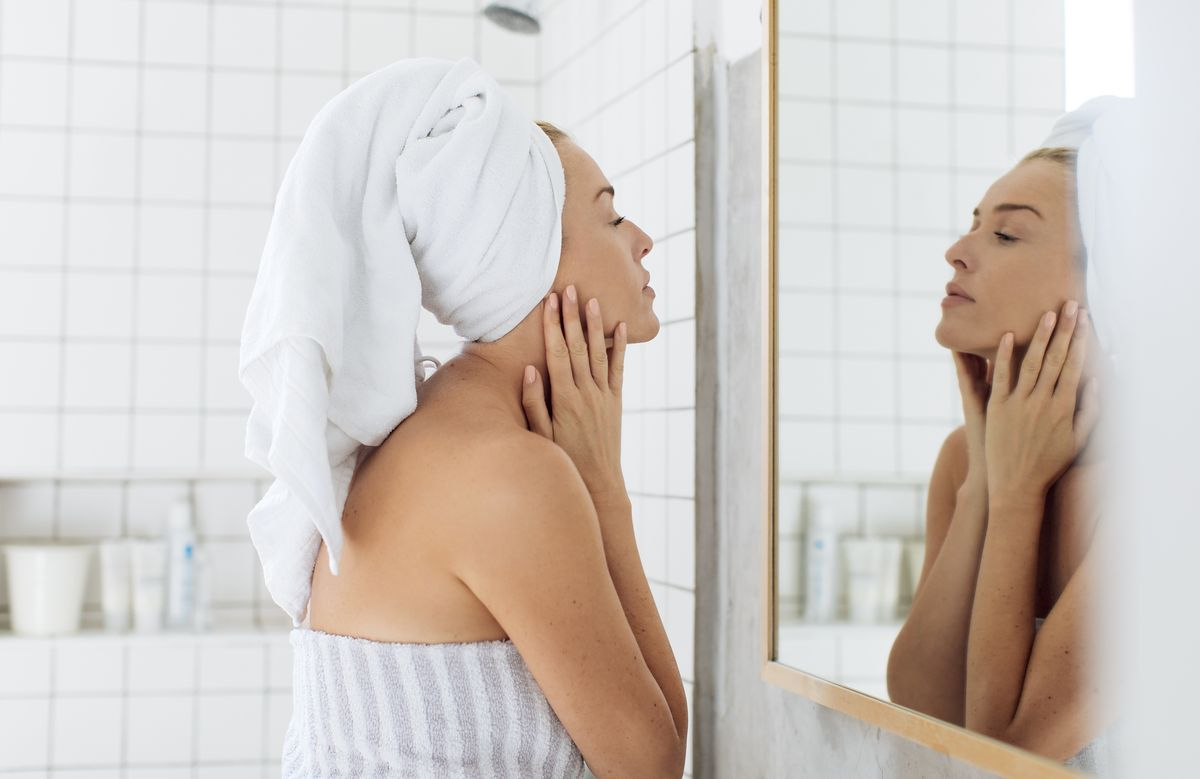 Jak wybrać olejek do twarzy? Kieruj się tymi zasadami
