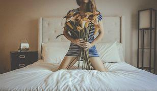 """Jestem mężatką i wolę spać sama. Dr Agata Loewe: """"Wspólne łóżko nie jest wyznacznikiem"""""""