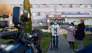 Koronawirus. Poznań. Tragedia w szpitalu. Pacjent z COVID-19 wyskoczył przez okno
