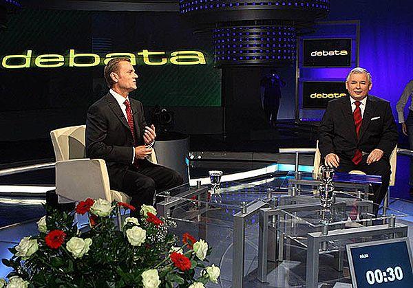 Debata pomiędzy Donaldem Tuskiem i Jarosławem Kaczyńskim w 2007 r. - zdjęcie archiwalne