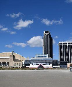 Trump Plaza. Atlantic City Hotel oferuje klientom najlepsze miejsca do podziwiania implozji