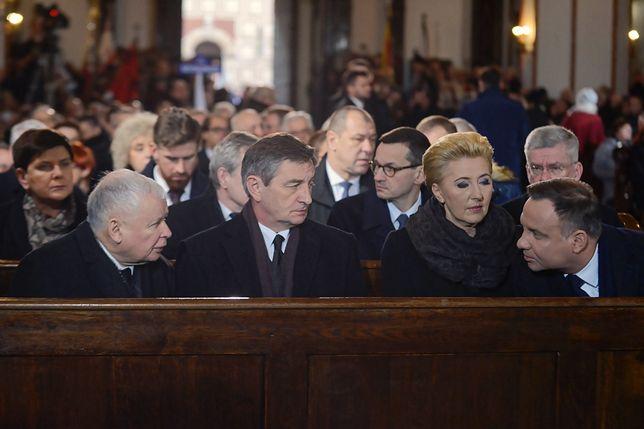 Prokuratura umorzyła śledztwo ws. znieważenia Andrzeja Dudy i Jarosława Kaczyńskiego