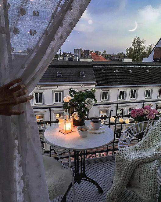 Najwyższa pora pomyśleć o aranżacji balkonu na sezon wiosenno-letni