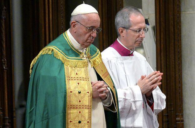 Papież: wiem, że duchowni znosili hańbę z powodu braci, którzy dopuścili się pedofilii
