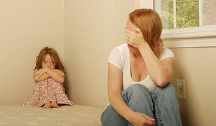 """Myślisz, że """"faceci nie płaczą"""" to przekonanie wpajane przez ojców? To błąd"""