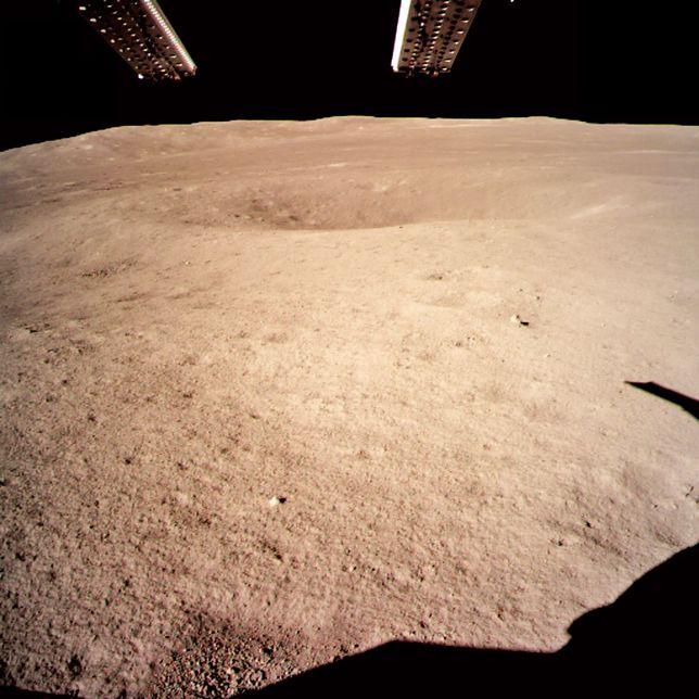 Misja Chang'e 4 - Chińczycy wylądowali po raz pierwszy na niewidocznej stronie Księżyca