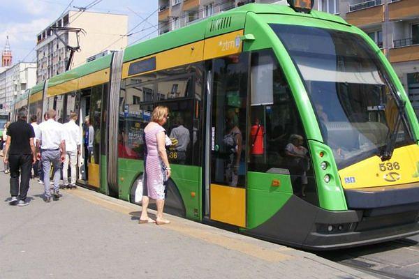 Remont torów w centrum Poznania. Pięć linii tramwajowych pojedzie objazdami