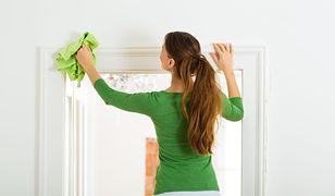 Jak wyczyścić rolety okienne?
