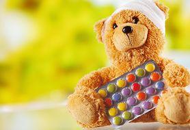 Krzyk, płacz, kopanie - co zrobić, gdy dziecko odmawia przyjęcia leków?