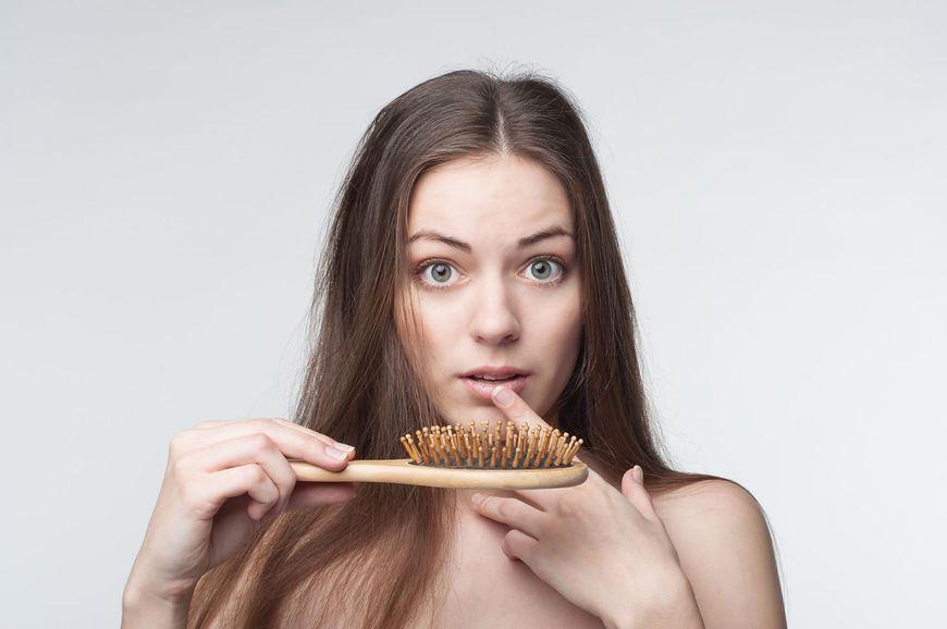 Wypadanie włosów i inne objawy
