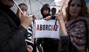 """Czterech 18-latków odpowie za zakłócanie """"czarnego protestu"""" w stolicy"""
