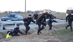 Września. Incydent na konferencji premiera. 16 zatrzymanych