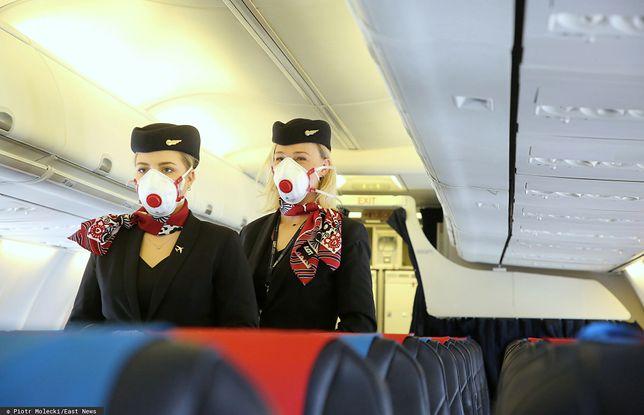 Koronawirus a lot samolotem. Najważniejsze pytania