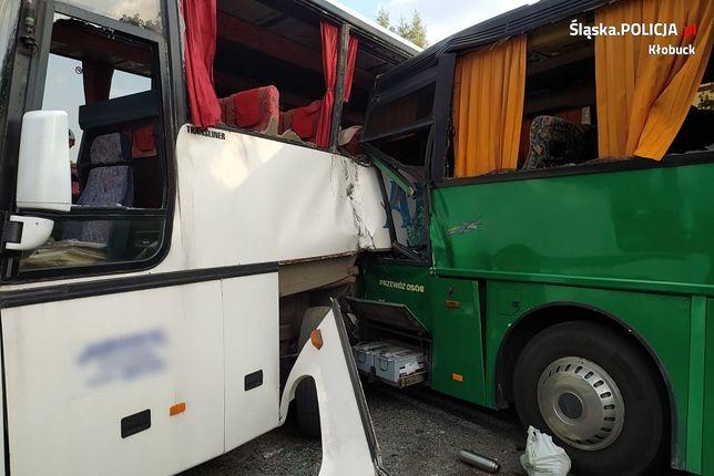 Śląskie. Do zderzenia dwóch autokarów doszło we wrześniu 2020 roku w Pankach, powiat kłobucki.