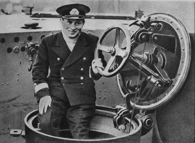 Pierwszy oficer ORP Orzeł Jan Grudziński stanął na wysokości zadania