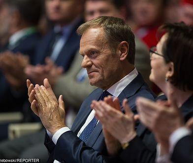 """Donald Tusk """"Człowiekiem Roku"""". Opozycja liczy na szefa RE, były premier mobilizuje wyborców"""