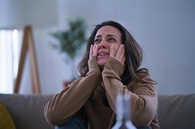 Mąż płaci jej alimenty na dziecko. Tytuły przelewów doprowadzają ją do łez