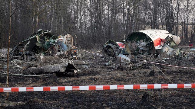 Miejsce katastrofy Tupolewa dzień po zdarzeniu
