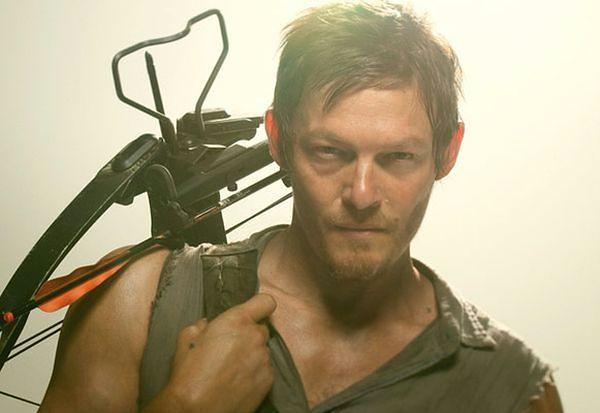 """Daryl z """"Żywych trupów"""" z Trickym"""